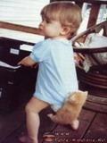 Bebe Si Pisica