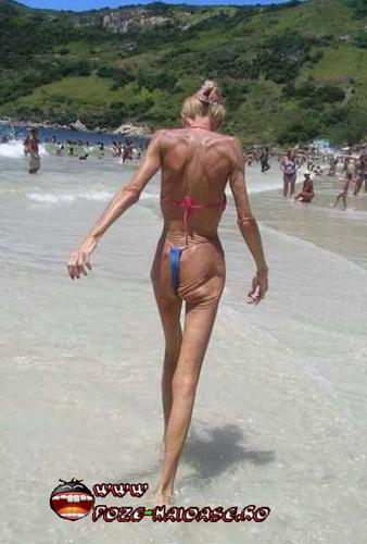 Slaba Pe Plaja La Mare
